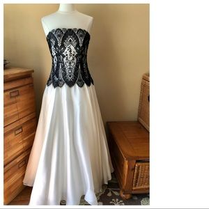 Formal Gown White with Black Lace